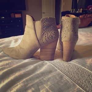 Taupe Report booties